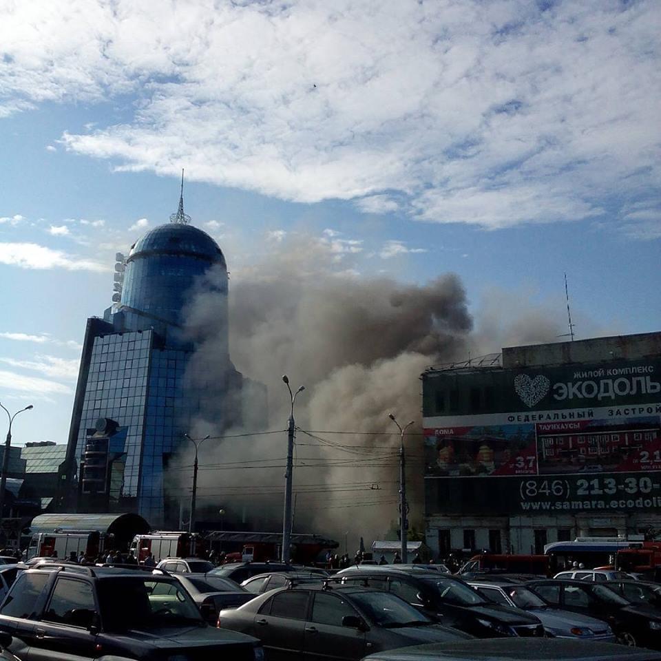 Рядом с железнодорожным вокзалом Самары горело бывшее здание РОВД