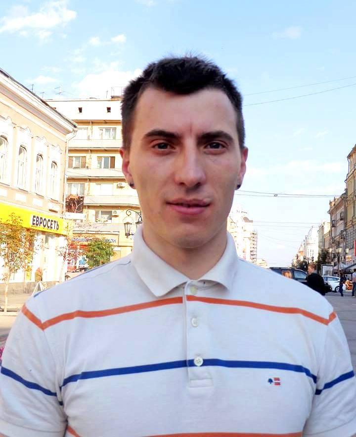Антон Пунток: «Сегодня нужно говорить о том, что у полицейских нет перчаток»