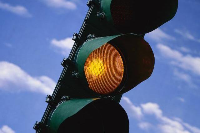 Изменение работы светофора на перекрестке Коммунистической и Владимирской