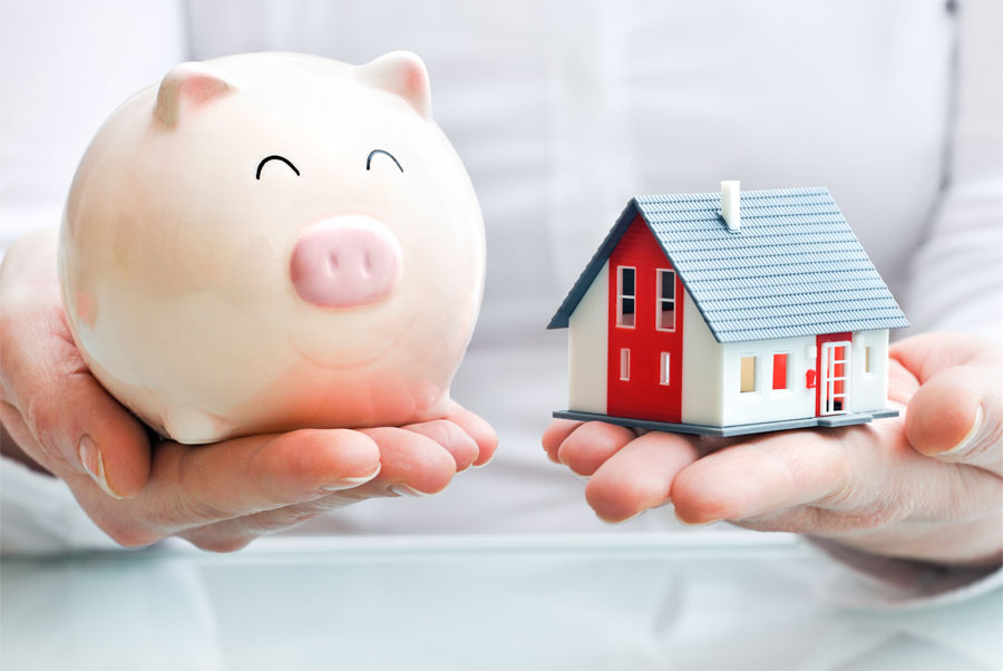 Продать недвижимость самому или обратиться к агентству?