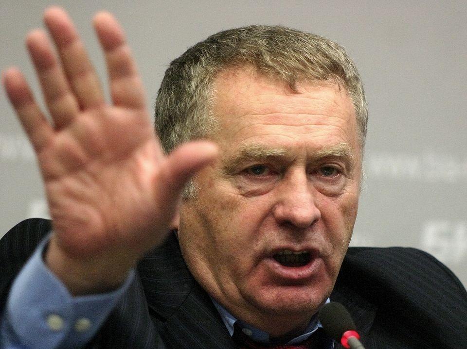 Депутаты предлагают оставить в России только три «красных» дня