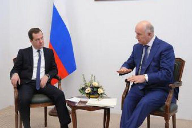 Дмитрий Медведев обещал поддержку школам Самарской области