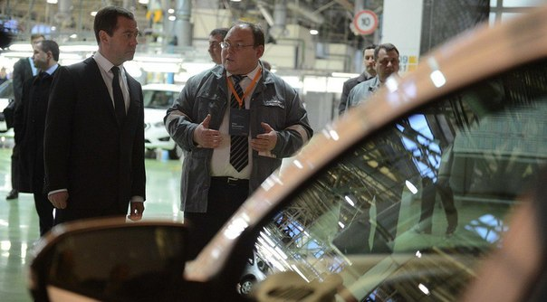 Дмитрий Медведев: «На поддержку автопрома направим 50 миллиардов рублей»