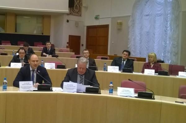 «Справедливая Россия» требует прекратить собирать взносы на капремонт с самарских пенсионеров