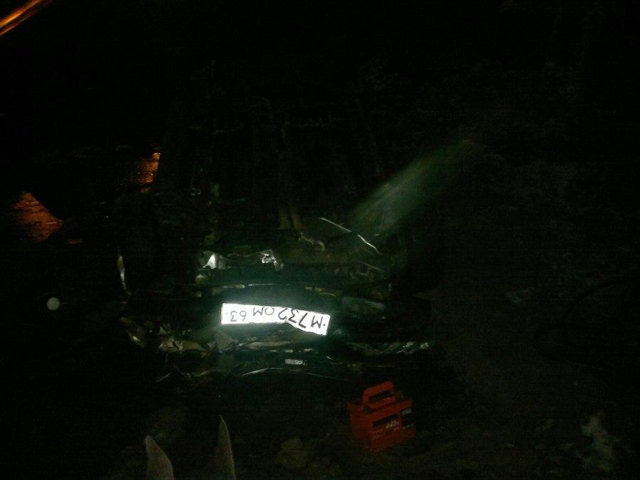 Автомобилист стал жертвой котлована на Московском шоссе