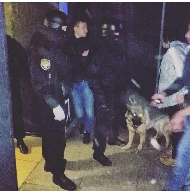 Бойцы самарской ФСКН задержали тридцать человек на концерте питерских артистов