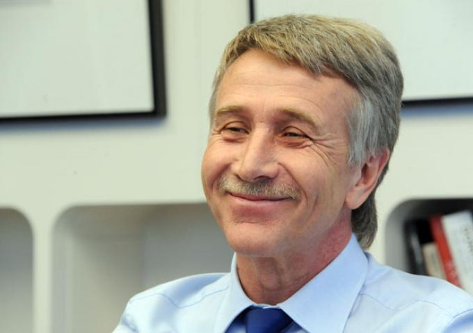 Выпускник Новокуйбышевской школы возглавил список Forbes