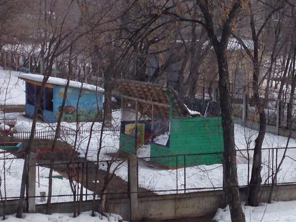 8 марта в одном из детских садов Самары рухнула крыша беседки