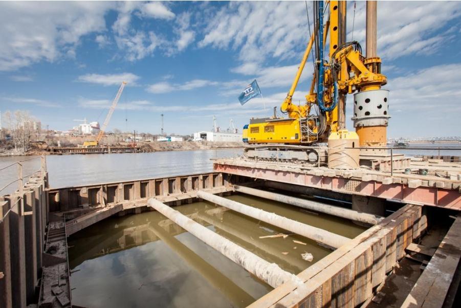Буровые работы на опоре №6 моста через реку Самара