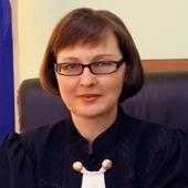 Судья из Саратовской области, принявшая иск к Владимиру Путину, уволена