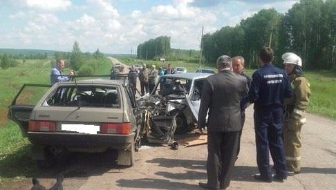 В Челно-Вершинах пять человек погибли в  ДТП