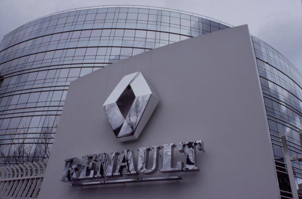 Концерн Renault предоставит АвтоВАЗу кредит в размере 20 млрд. рублей
