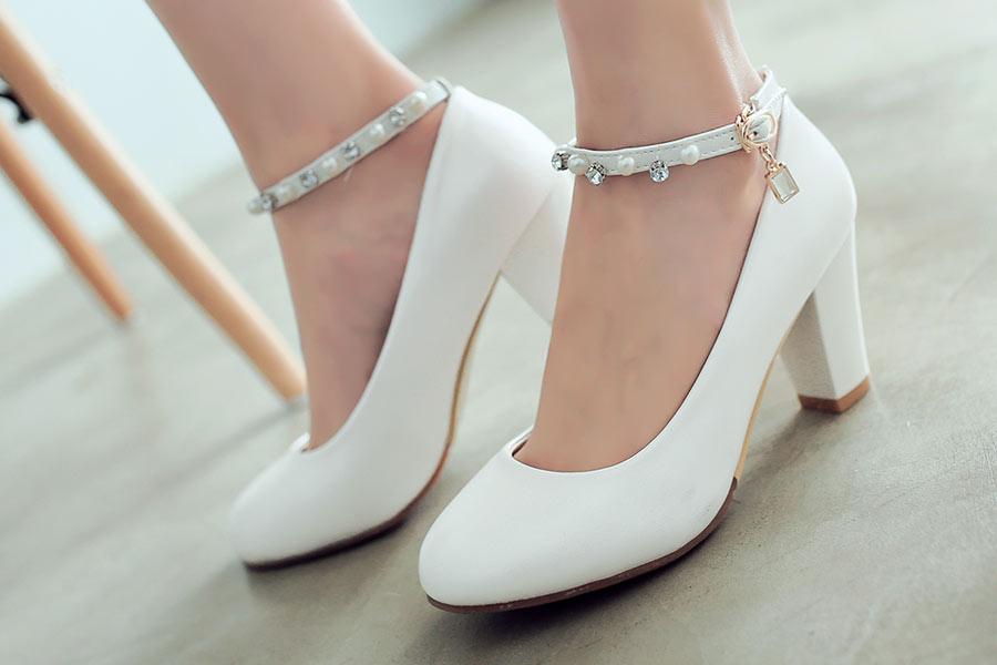 Как подобрать обувь к выпускному