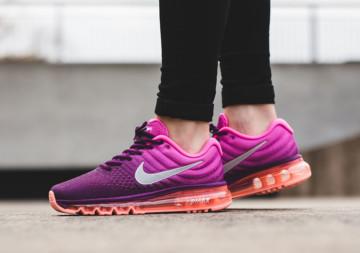 Женские кроссовки Nike: особенности и преимущества