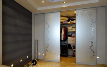 Изготовление шкафов-купе назаказ частным мастером